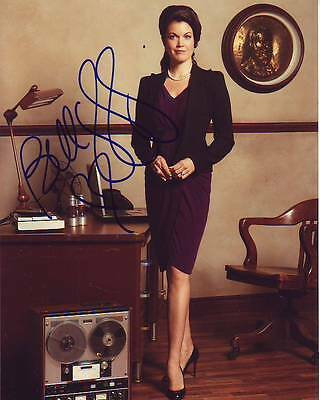 Bellamy Young Signed Autographed 8x10 Scandal Photograph