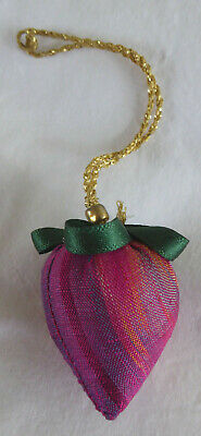 Strawberry decoration pin cushion