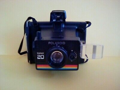 Vintage Polaroid Instant 20 Camera With Polaroid Carrying Case + Flashbulbs(2)