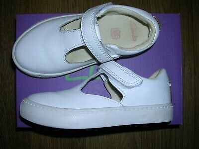 CLARKS Girls White Leather Velcro Fastening Shoes Sandals UK 8.5 F Eur 26 M