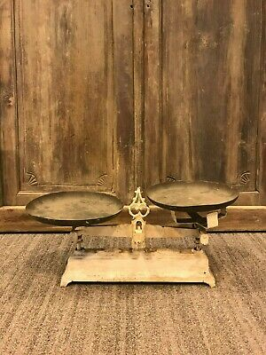 Vintage Kitchen Scale, Rustic Farmhouse Fruit Bowl