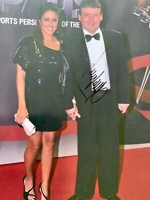 Jimmy White English Snooker Legend signed Approx 10 x 8 Photograph