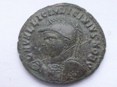 Licinius II as caesar 318-320 AD. AE follis . 3,58 g / 20 mm  147