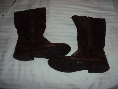 Girls Brown Leather & suede Clarks boots Size 2 outgrown