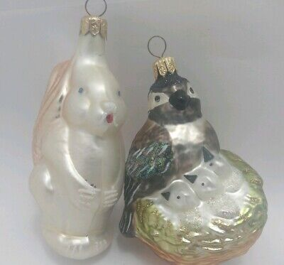 Wildlife White Squirrel & Blackcapped Chickadee W/ Chicks Blown Glass Ornament