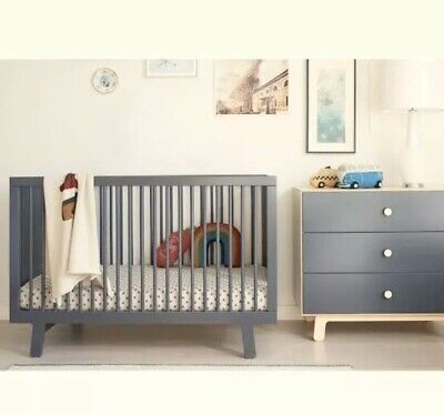 Oeuf Sparrow Cot. Mattress And Bedding. Colour: Grey