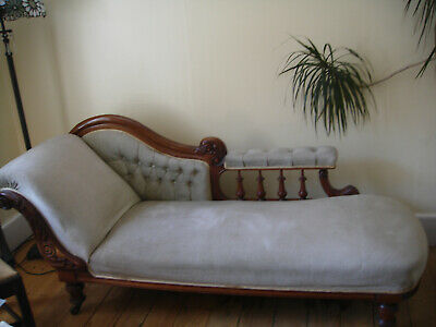 Antique Mid Victorian Original Walnut Carved Chaise Longue
