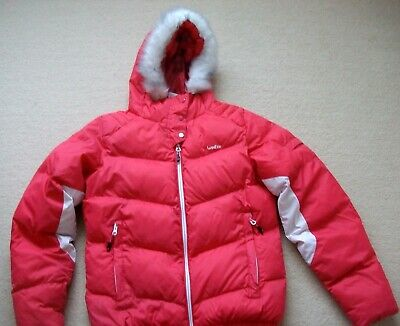 """Girls Red/White """"Wedze"""" Ski Jacket With Trimmed Hood - Age 14 yrs -Excellent"""