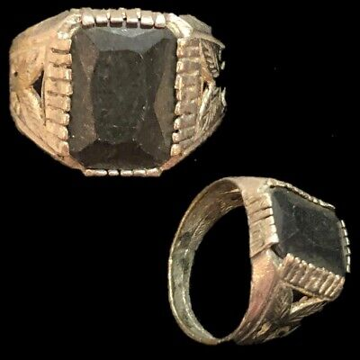 Stunning Top Quality Post Medieval Silver Ring With Black Stone (4)