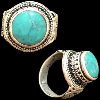 Stunning Top Quality Post Medieval Silver Ring With Green Stone (7)