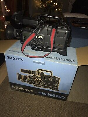 SONY video Hi8 Pro VHS Camcorder CCD-V6000E Vintage Untested in Original Box