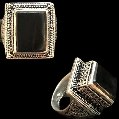 Stunning Top Quality Post Medieval Silver Ring With Black Stone (13)