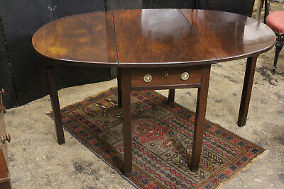 Good Quality Georgian Solid Cuban Mahogany Drop Leaf Oval Dining Table / Drawer