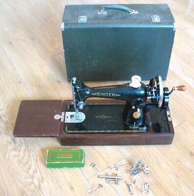 Old vintage 1948 Semi Industrial hand crank 201k Singer Sewing machine & Case