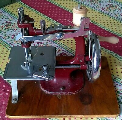 Vintage Essex Sewing Machine.
