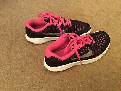 Lovely Pair of Black/Pink Nike Flex Experince Trainers   - Size UK 3.5 (EUR 36)