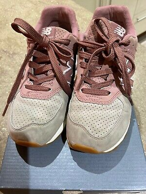 NEW BALANCE  574 JNR GIRLS BEIGE AND DUSKY PINK SUEDE TRAINERS, Size UK 2