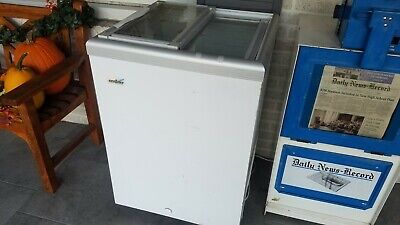 """Excellence Industries ISL-5D Ice Cream Dipping Cabinet Freezer 25"""" x 25"""""""