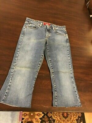 Girl's Junior Size 5 Small Levi's 519 Low Stretch Cut-Off Jeans 19""