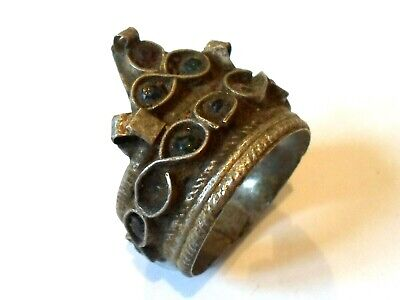 Detector Find, Beautiful, Post Medieval Silvered Ring With Glass/Stones..