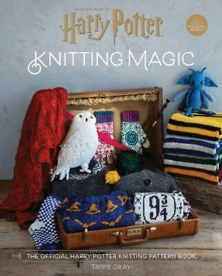 Harry Potter Knitting Magic: The official Harry Potter knitting pattern book by