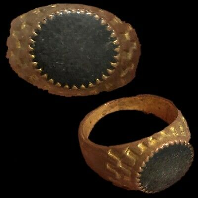 Stunning Top Quality Post Medieval Silver Ring With Black Stone (1)