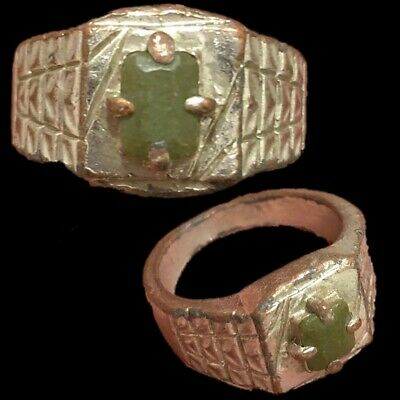 Stunning Top Quality Post Medieval Silver Ring (4)