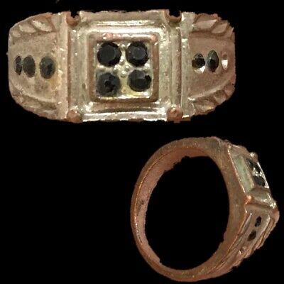 Stunning Top Quality Post Medieval Silver Ring (5)