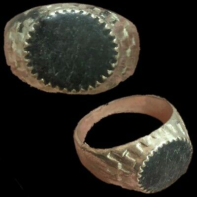 Stunning Top Quality Post Medieval Silver Ring (6)