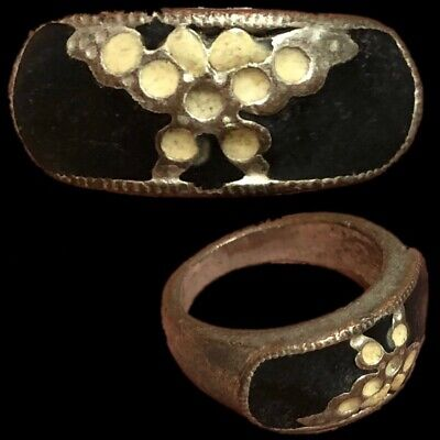 Stunning Top Quality Post Medieval Silver Ring (7)