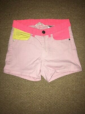 Girls Pink Shorts Age 8-9 Years In Ex Condition