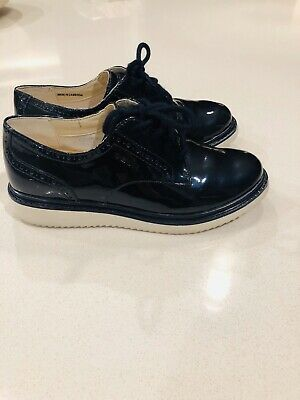 Geox girls lace up patent leather Dark Blue Shoes Size 33