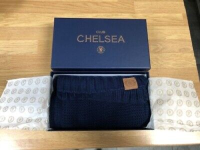 Mens Official Chelsea Football Club Scarf with Box and Bag NEW