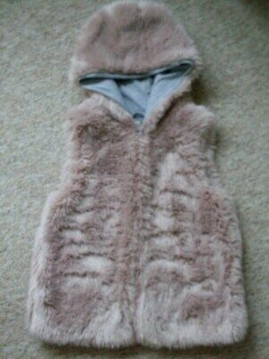 """Girls """"Next"""" Furry Gilet With Hood, Age 8/9 Years.  Dusky Pink, Lined, Vgc"""