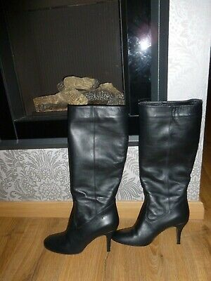 Beautiful Hobbs dark brown soft leather knee high boots round toe size 41 UK 8