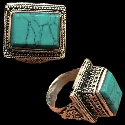 Stunning Top Quality Post Medieval Silver Ring With Green Stone (12)