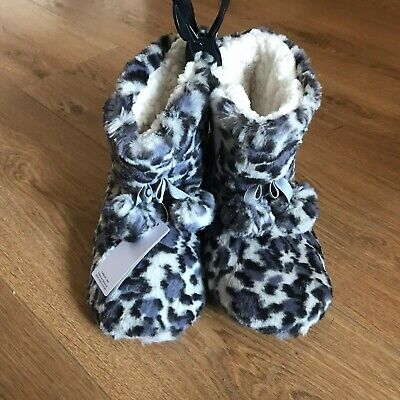 Marks and Spencer Animal Print Girls Slipper Boots - Size 2 - NEW