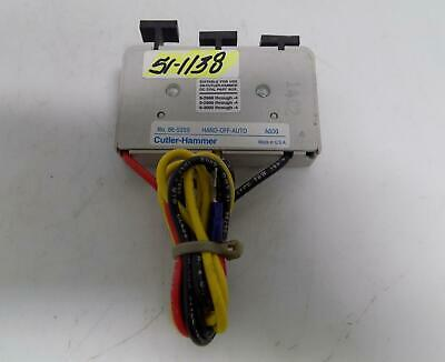 Cutler-Hammer Hand-Off-Auto Selector Switch 86-5359