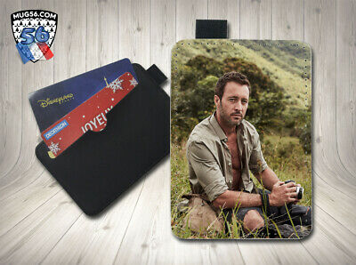 petit porte cartes card holder - alex o'loughlin 03