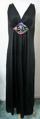 "Vintage 80s VANITY FAIR M Nightgown Black Floral Applique 88"" Sweep MINT"
