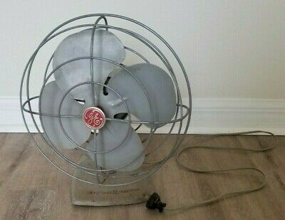 Vintage 1950s General Electric GE No F11S107 Gray Oscillating Fan WORKING