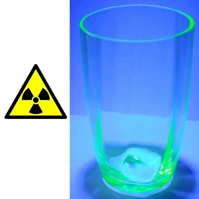 Verre en Ouraline uranium glass compteur Geiger counter test