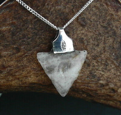 RARE: BEAUTIFUL  NEOLITHIC QUARTZ ARROW HEAD  ELF-SHOT in 925 silver & chain