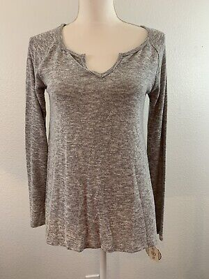 NWT Women's SO Cozy Knit Long Sleeve Top Heathered Gray Sz. Small  V Neck