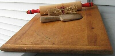 Antique Wooden Bread Board With Baker End Handles, Hole For Hanging, Nice Size