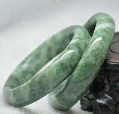 100% Natural Chinese jade hand-carved beautiful bracelets