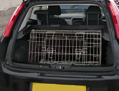 Pet World FIAT PUNTO GRANDE 08+ SLOPING CAR BOOT DOG CAGE TRAVEL PUPPY GUARD