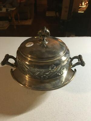 1800's Wilcox #5005 Silverplate Covered Butter Dish Engraved Putti Angel