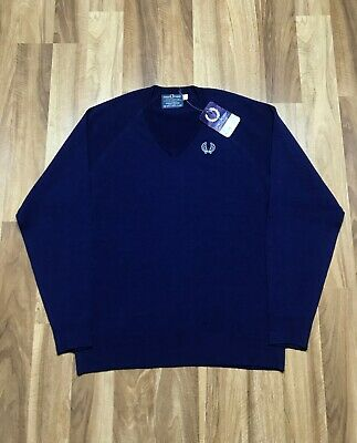 VINTAGE Fred Perry Sweater Men's 44 SIZE 100% Courtelle acrylic Vneck Pullover