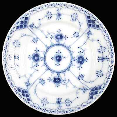 Royal Copenhagen BLUE FLUTED HALF LACE Bread & Butter Plate 6425827